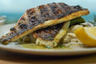Filet orade s grillanim šparogama i kremastom krumpir salatom